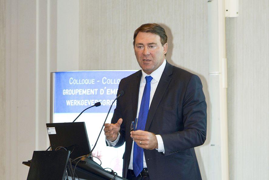 Ministre belge Denis Ducarme pendant le colloque franco-belge